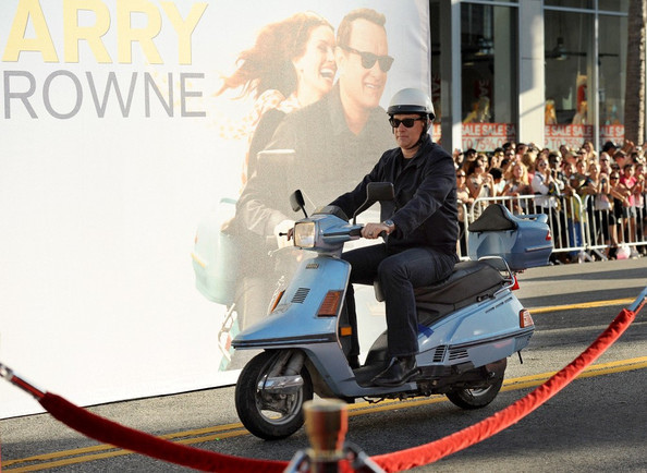 tom-hanks-larry-crowne-PREMIERE.jpg
