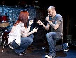 AJ向女友求婚