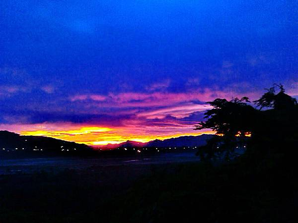 天秤颱風後的夕陽