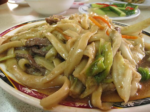 [南投] 中興新村-梅園-牛肉炒麵(80)