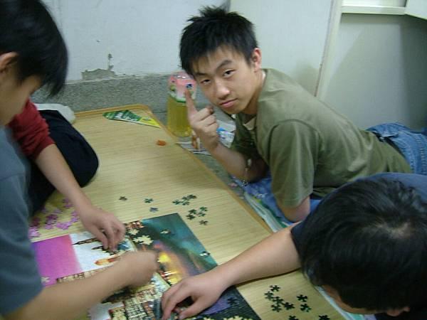 upload.new-upload-150946-[2004-12-17.18]-+-DSCF1894.JPG