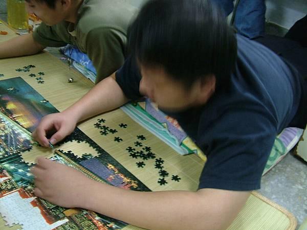 upload.new-upload-150946-[2004-12-17.18]-+-DSCF1895.JPG