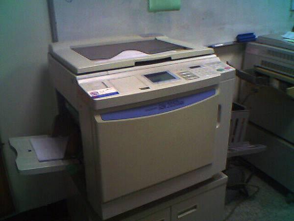 常常壞掉的影印機