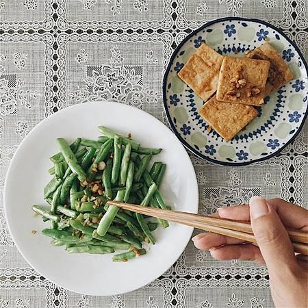 2017_184酒香四季豆。蒜末燒豆腐.jpg