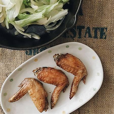 2018_020 鹹豬肉粉醃雞翅.jpg
