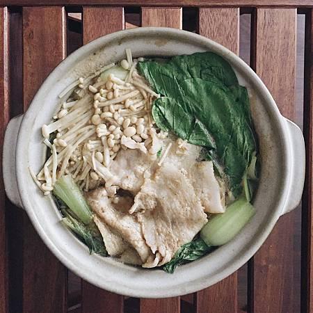 2018_023  咖哩醬油鍋.jpg