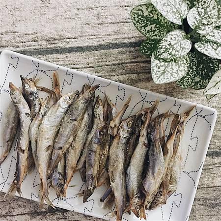 香烤柳葉魚.jpg