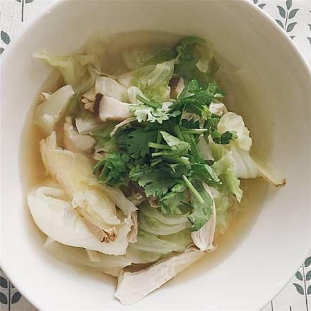 二階~ 雞胸肉蔬菜湯.jpg