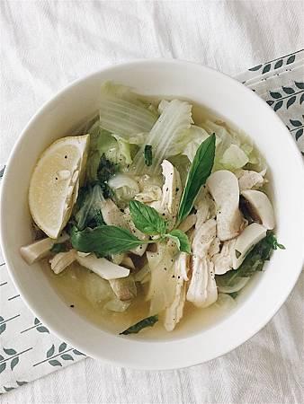 二階~越式風味雞肉蔬菜湯.jpg