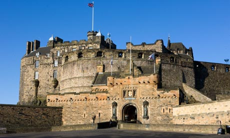 The-Edinburgh-Castle--007