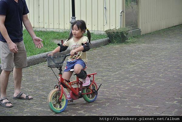 學騎腳踏車 012 [800x600]