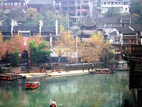 16沱江景色