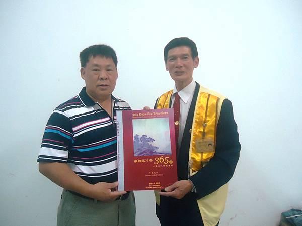 柬埔寨贈書活動DSC05994.JPG