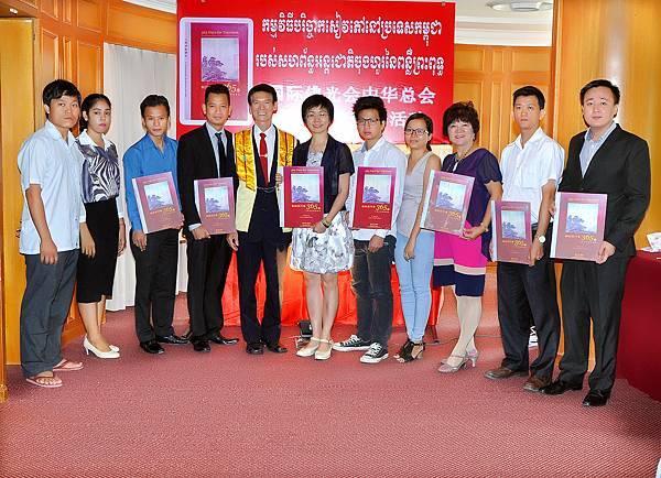 柬埔寨贈書活動DSC_0088.JPG