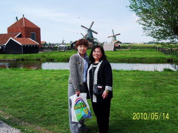 100_49荷蘭風車村之旅.JPG