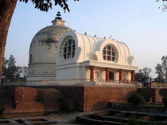 parinirvana-temple-kushinagar.jpg