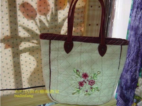 緞繡拼布包