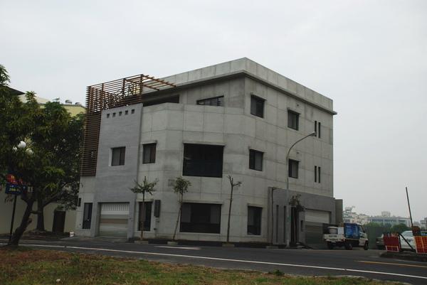 建平三街完成外觀(遠景)-8.JPG