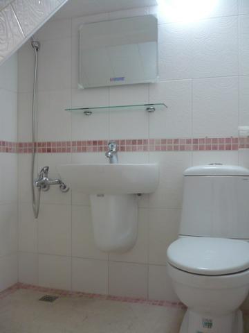 1F浴室完成2.JPG