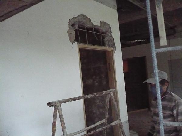 室內裝潢拆除及磁磚打除作業13.JPG