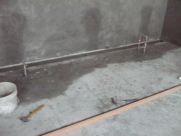 牆面及地坪打底粉刷作業10.JPG