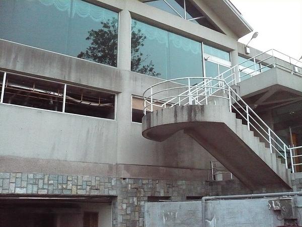 鋁窗安裝2.JPG
