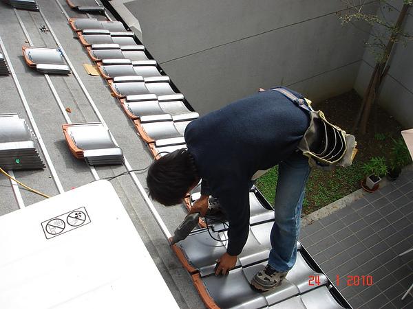 1F增建日式文化瓦施工6.JPG