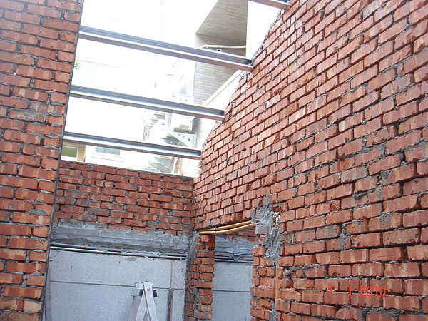 1F增建超高難度砌磚工程5.JPG