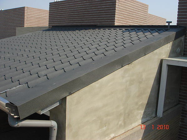 5F增建雙層琉璃鋼瓦完成5.JPG