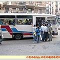 擠到爆的公車