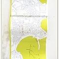 複雜的Santorini地圖,旁邊是民宿老闆畫怎樣到市區