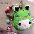 青蛙娃娃臉吊飾(淺綠色).JPG