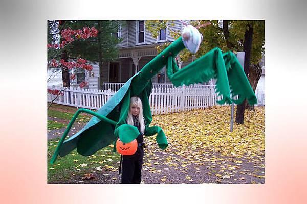 LIV_09.21_BOW_Halloween_Image2_One_Mans_Blog_636x424