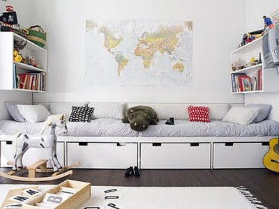 decorating-with-maps-nursery