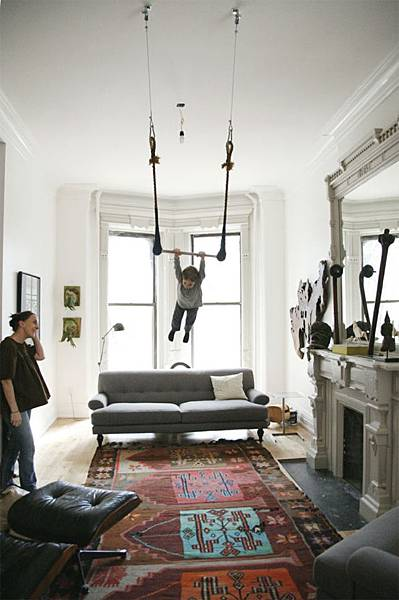 oeuf-trapeze-living-room