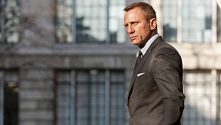 video-skyfall-articleLarge