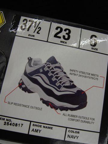 半夜Walmart買新鞋~~