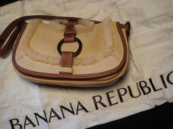 Banana republic 毛毛包