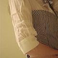 袖子有蝴蝶結