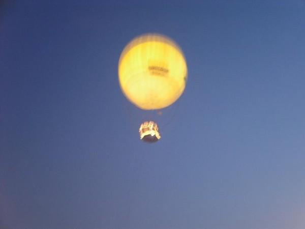 坐一次20usd的熱氣球