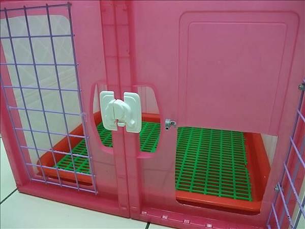 精緻溫馨小套房-兔兔用門內關