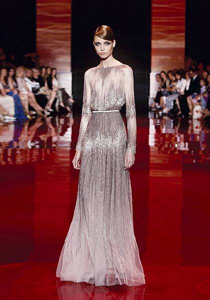 elie-saab-fall-2013-2014-couture (2).jpg