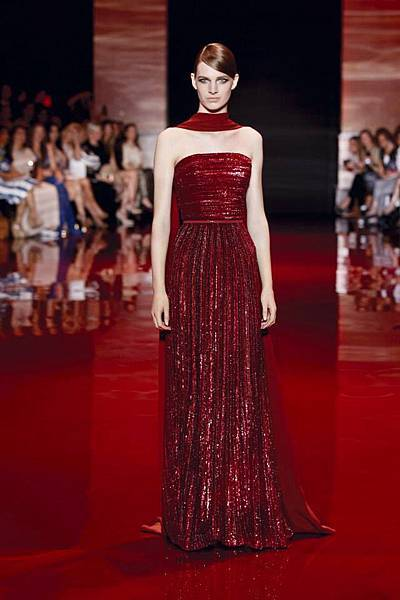 elie-saab-fall-2013-2014-couture (4).jpg