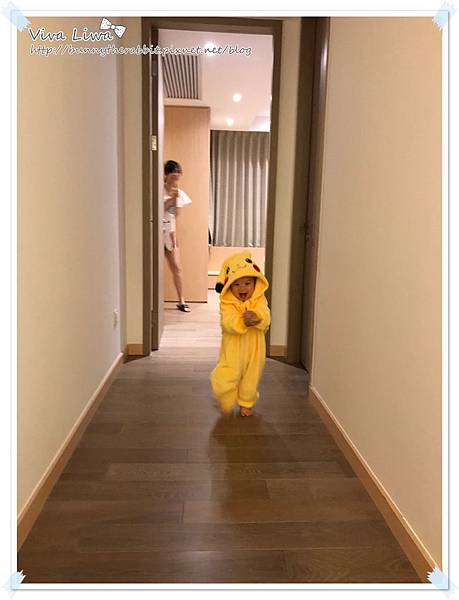 costumes26.JPG