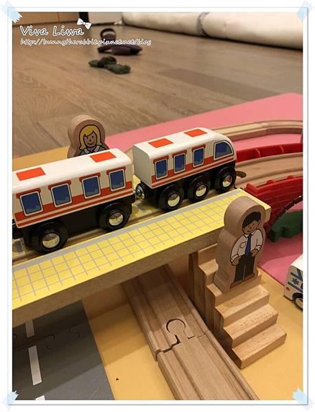 harbor city train set10.jpg