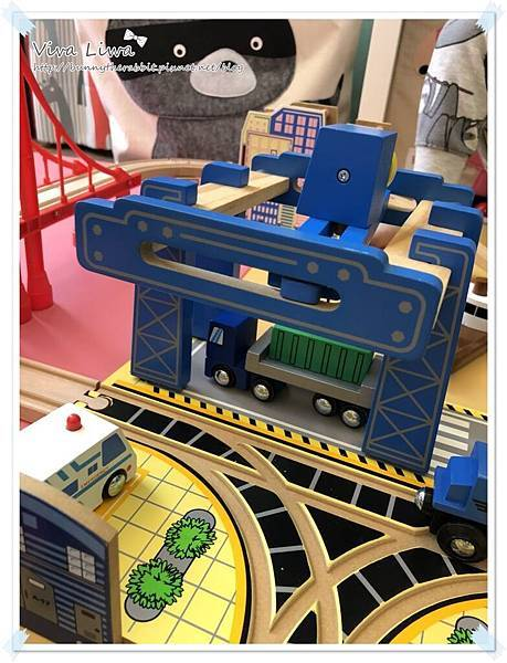 harbor city train set36.jpg