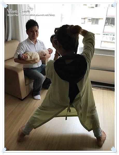 newborn pics a10.jpg