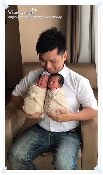 newborn pics a22.jpg