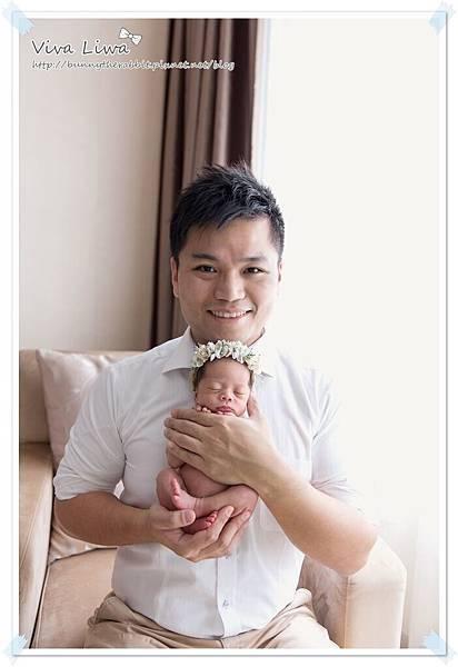 newborn pics b5.jpg