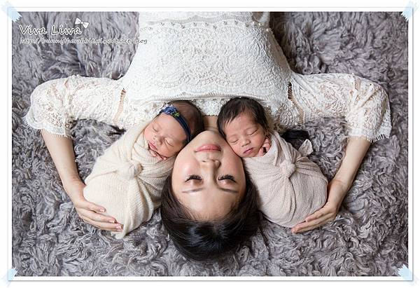 newborn pics b40.jpg